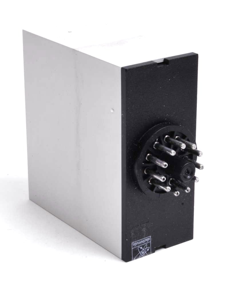 Electromatic SMI25-120 Voltage Level Relay ( EC-5015 ) – Micron Surplus